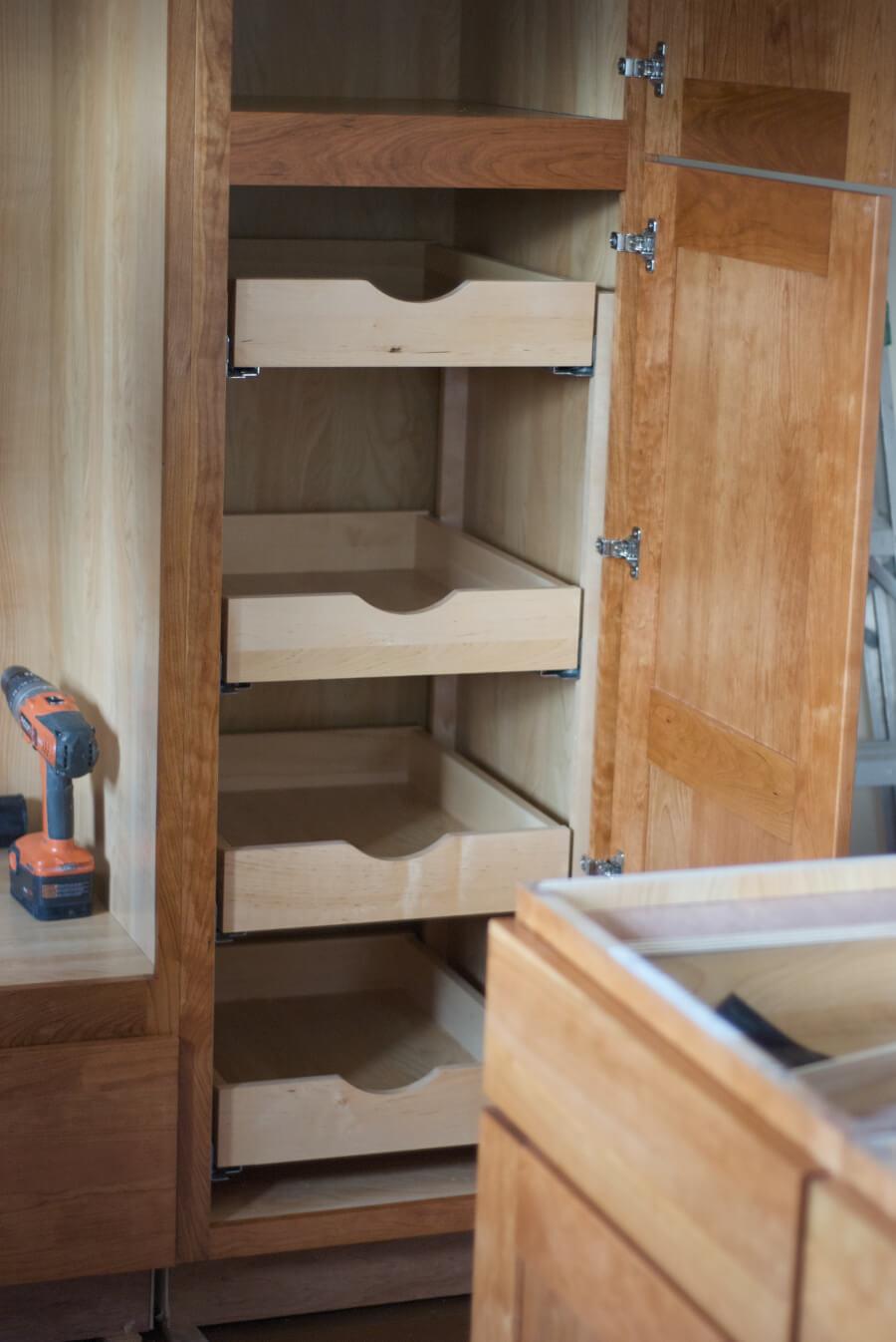 Фото - ремонт корпусной мебели - Kosair